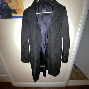 The North Face Women's Laney raincoat size medium